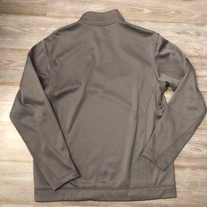 Men's Nike golf half zip shirt